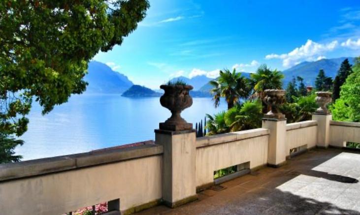 Storica villa liberty sul lago di Como