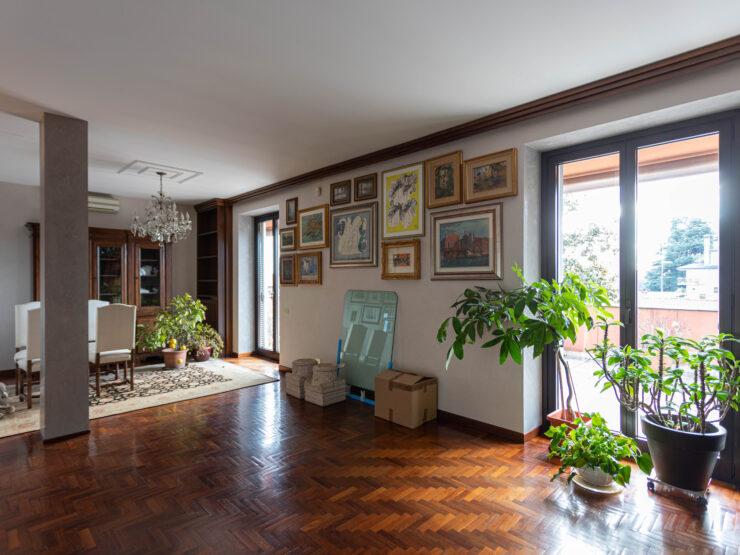 Signorile appartamento con terrazzo